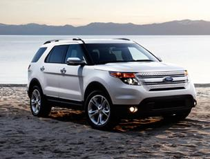 The roomier 2013 Ford Explorer is four inches longer and has extra head and shoulder room. A  new EcoBoost 2-liter 4-cylinder engine offers up to 28 mpg on the highway, but doesn't have the brute force hauling power of the 3.5-liter V-6.