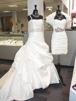 Houston bridal dealers have royal aspirations