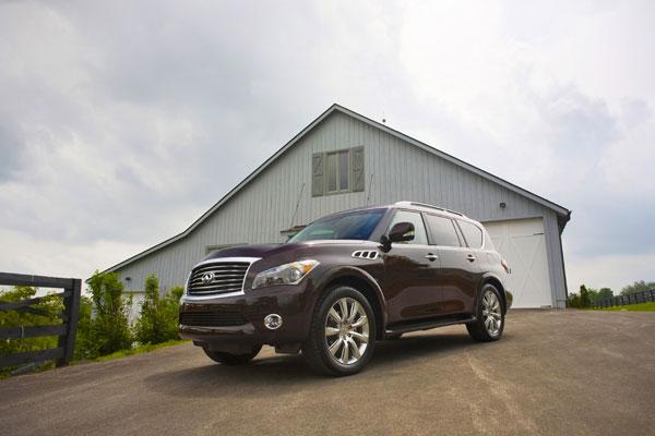 Infiniti offers a number of luxurious amenities packages for its 2012 QX56.