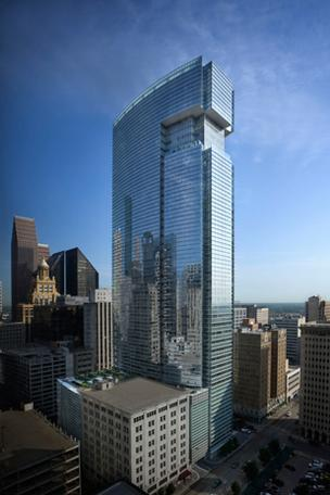 Each floor of office space in BG Group Place was designed at 27,000 square feet, allowing for up to eight corner offices and nearly 10 feet of floor-to-ceiling windows, maximizing daylight and views.