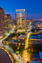 The 29-story Hess Tower in downtown Houston sold for a record-breaking $442.5 million.
