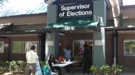 The turnout for today's presidential election is expected to be strong, thanks to the perceived tightness of the race and public concern about the economy.