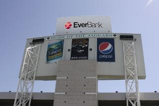 SMG will continue to manage EverBank Field and the city of Jacksonville's six other entertainment venues.