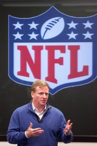 NFL Commissioner Roger Goodell speaks to fans at his fan foum before Thursday night's game.