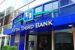 Why did Fifth Third pull its ATMs from Chicago transit sites?