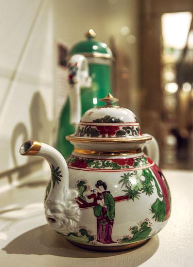 The museum recently discovered that these two pieces of Meissen porcelain had been seized by Nazis from the family of a leading German banker. The heirs of Gustav von Klemperer agreed to allow the Cummer Museum to keep the  pieces for another year. Meissen porcelain production began in the early 18th century in Germany. Chinese motifs were common.