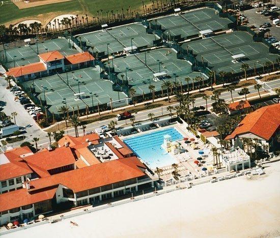 An aerial photograph shows the 15-court tennis facilities at the Ponte Vedra Inn & Club.