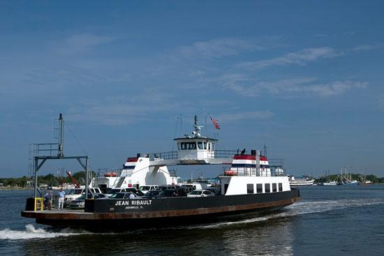 The Jacksonville Port Authority handed over operation of the St. Johns River ferry to the St. Johns River Ferry Commission.
