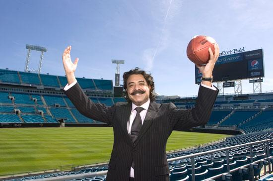 New Jacksonville Jaguars owner Shahid Khan says he is committed to making the Jaguars winners again, and filling up EverBank Field on Sundays.