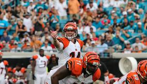 It might seem like a longshot, but the 8-6 Bengals could still win their division.