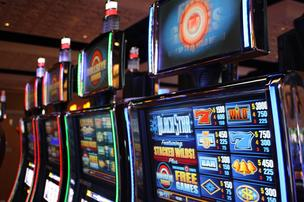 A new Baltimore casino is expected to house 3,750 slot machines.