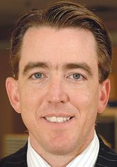 Mariner Kemper, who lives in Denver, is currently the chairman and CEO of UMB Financial Corp.