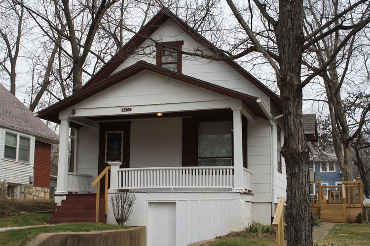 Venture capitalist Brad Feld now owns this three-bedroom house in Kansas City, Kan. He plans to offer as many as five startups free rent for a year.