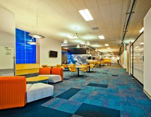 DLR Group chose upscale, community college-like furniture to accommodate multiple teaching and learning styles.