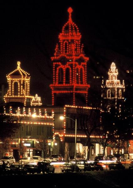 The Country Club Plaza holiday lights