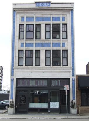 Building at 1924 Main St. in Kansas City
