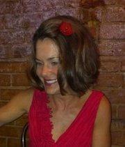 Jennifer Niehouse is founder and wardrobe stylist at It's So U!