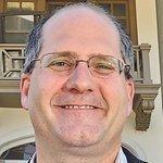 Aratana Therapeutics names St. Peter as CEO