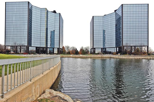 Glenwood Place in Overland Park sells to buyers related to Lenexa-based Ryan Transportation Group.