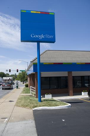 An effort is underway to help more Kansas City-area neighborhoods get access to Google Fiber.
