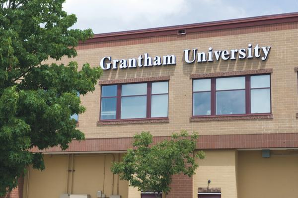 Grantham University is transferring its administrative headquarters from Zona Rosa in Kansas City to space recently vacated by Freightquote in Lenexa's Southlake Technology Park.