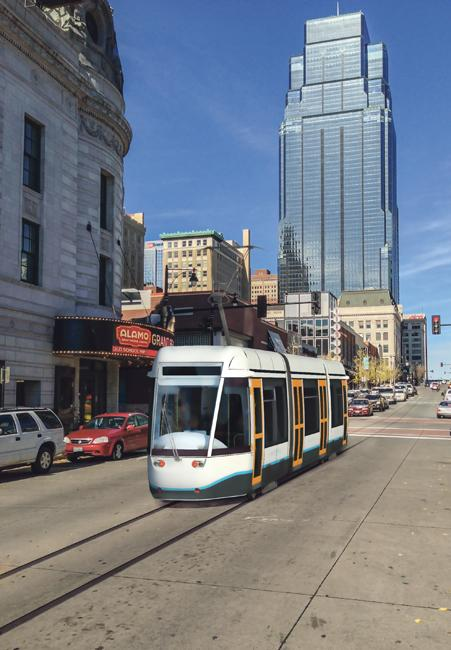 HDR Inc. is the apparent winner of a contract to design a downtown Kansas City streetcar.