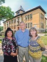 Shuttered Kansas City-area schools trade students for tenants