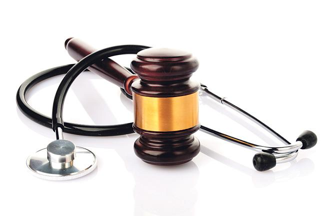 Oregon lawmakers are considering a bill that would remove the cap on judgements in insurance legal cases.