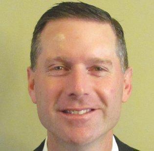 Sam Somerhalder, Mutual of Omaha's senior commercial relationship banker in Kansas City