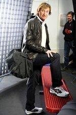 Gretzky to endorse Skechers Shape-ups