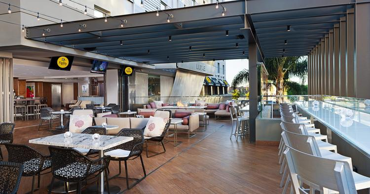 FigOly features a 2,000-square-foot patio with semi-private cabanas, upbeat music and an upscale crowd, plus easy access to Staples Center and the two NBA teams that play there.