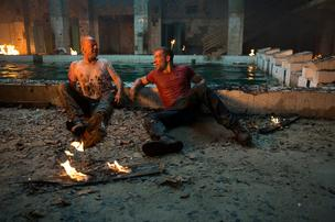 Bruce Willis and Jai Courtney in