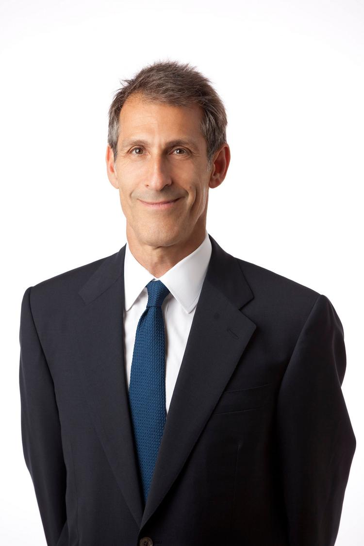 Michael Lynton has renewed his contract as both CEO of Sony Entertainment and chairman and CEO of Sony Pictures.