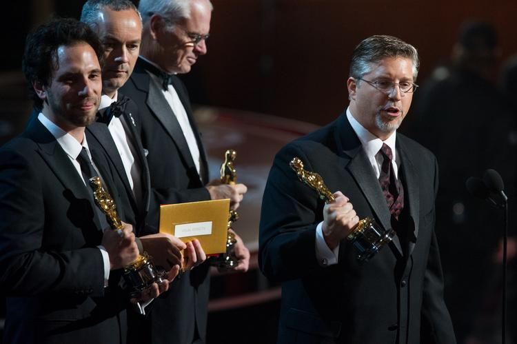 """Bill Westenhofer (right) was played off the stage just as he mentioned  bankrupt visual-effects company Rhythm & Hues while accepting his  Oscar for """"Life of Pi"""" Sunday night."""