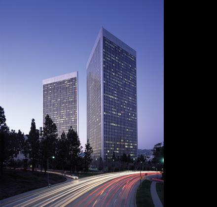 Westfield plans to move its U.S. headquarters to Century Plaza Towers in Century City.