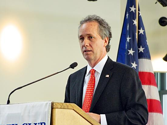 Louisville Mayor Greg Fischer, shown above, has appointed Louisville-Jefferson County Metro Government CFO Steve Rowland to the Louisville Arena Authority Inc. board, which oversees operation of the KFC Yum! Center.