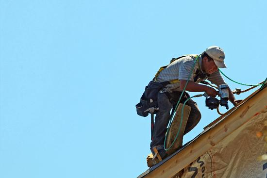 A new state law requires roofing contractors to be registered with the Kansas Attorney General's Office.