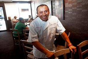 "Mayan Cafe chef Bruce Ucan will cook a ""Lights Out Dinner"" as part of an IF University program."