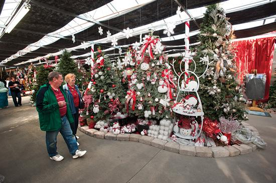 Garden Ridge Christmas Trees.In The Spirit Christmas At Walnut Ridge Is A Combination Of