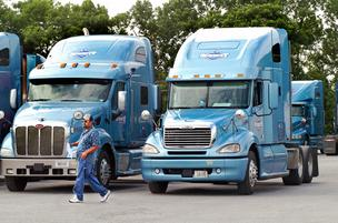 The trucking industry kicked into higher gear in June, posting its best month of 2012.