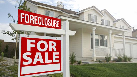 Local home foreclosures rose 21 percent in the first quarter from the fourth quarter.