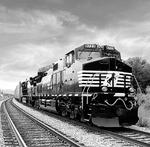 Norfolk Southern 'blitz' replaces coal-line track