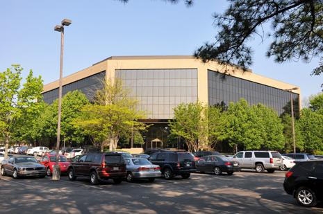 East Memphis office building Forum II is now 100 percent leased after FedEx move.
