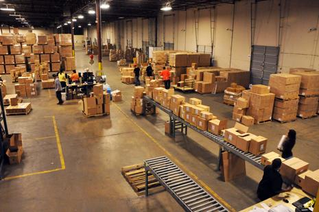 Third-party logistics services firm Logistics Team purchased this 94,000-square-foot warehouse for its distribution business.
