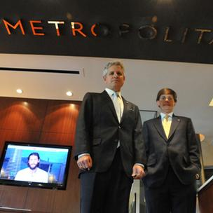 CEO Curt Gabardi and Phillip May, president of Metropolitan Bank's Tennessee division, are counting on technology to help attract new customers.
