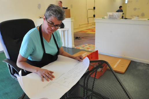 For years, Kathy Katz operated the 20/20 Diner inside the Southern College of Optometry, but will close that diner and open her new business on Cooper Street.