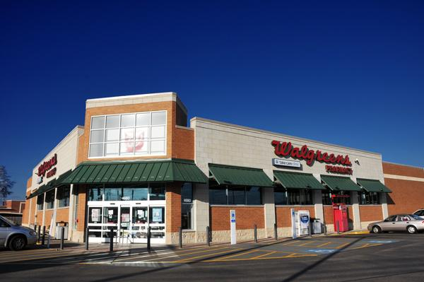 Walgreen Co. will build a 14,550-square-foot Walgreens store at Poplar and White Station early next year.