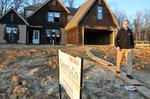 Homebuilding thrives on lot prices