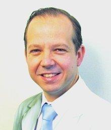Dr. Mauro Schenone