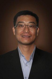 Eric (Ruyong) Wang